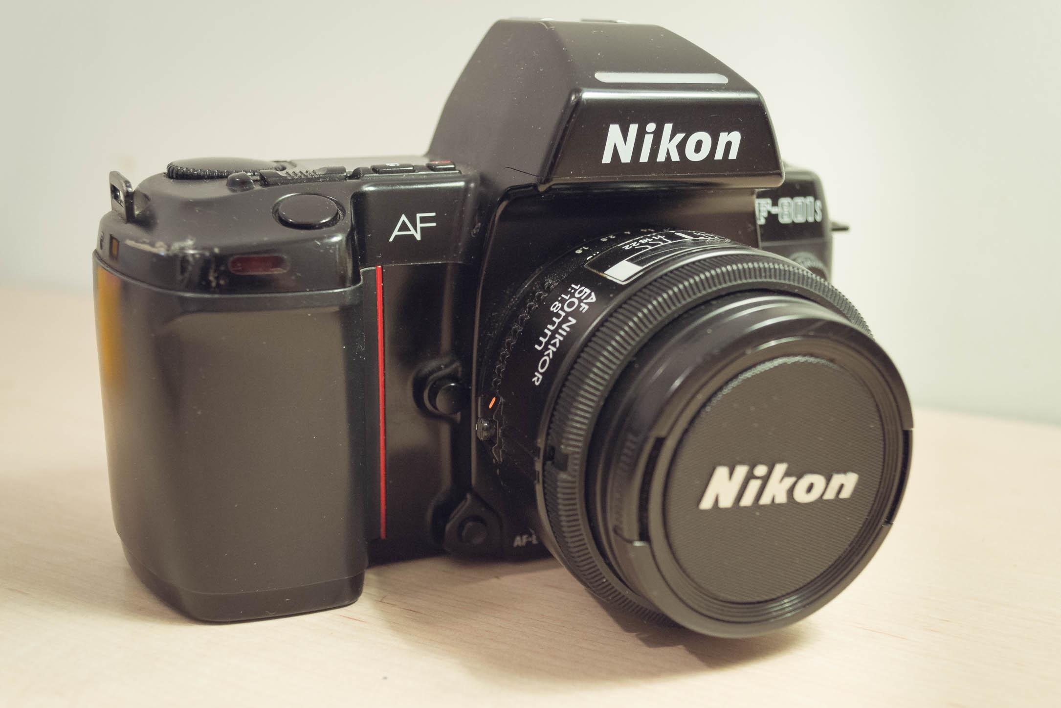 Présentation du Nikon F801s