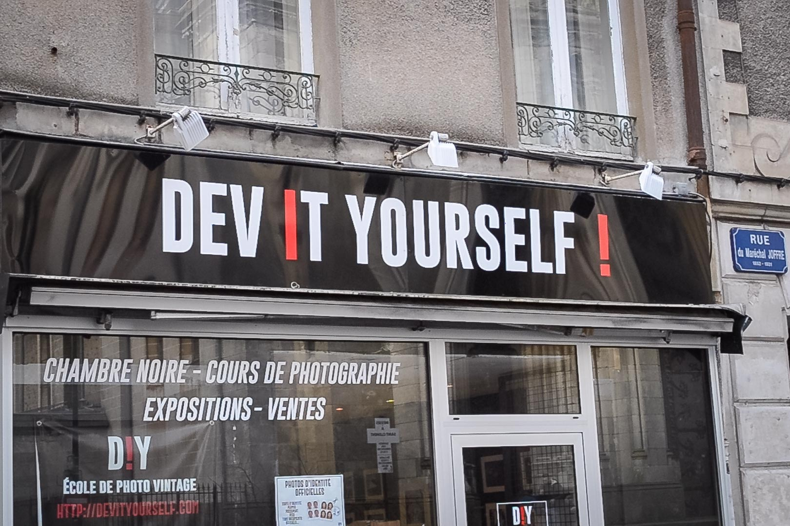 Découvrez le labo photo Dev It Yourself ! Nantes